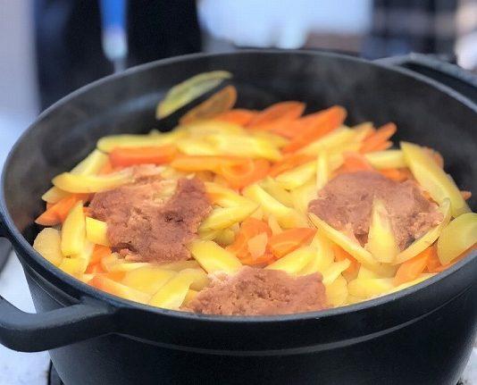 野菜と味噌の重ね煮